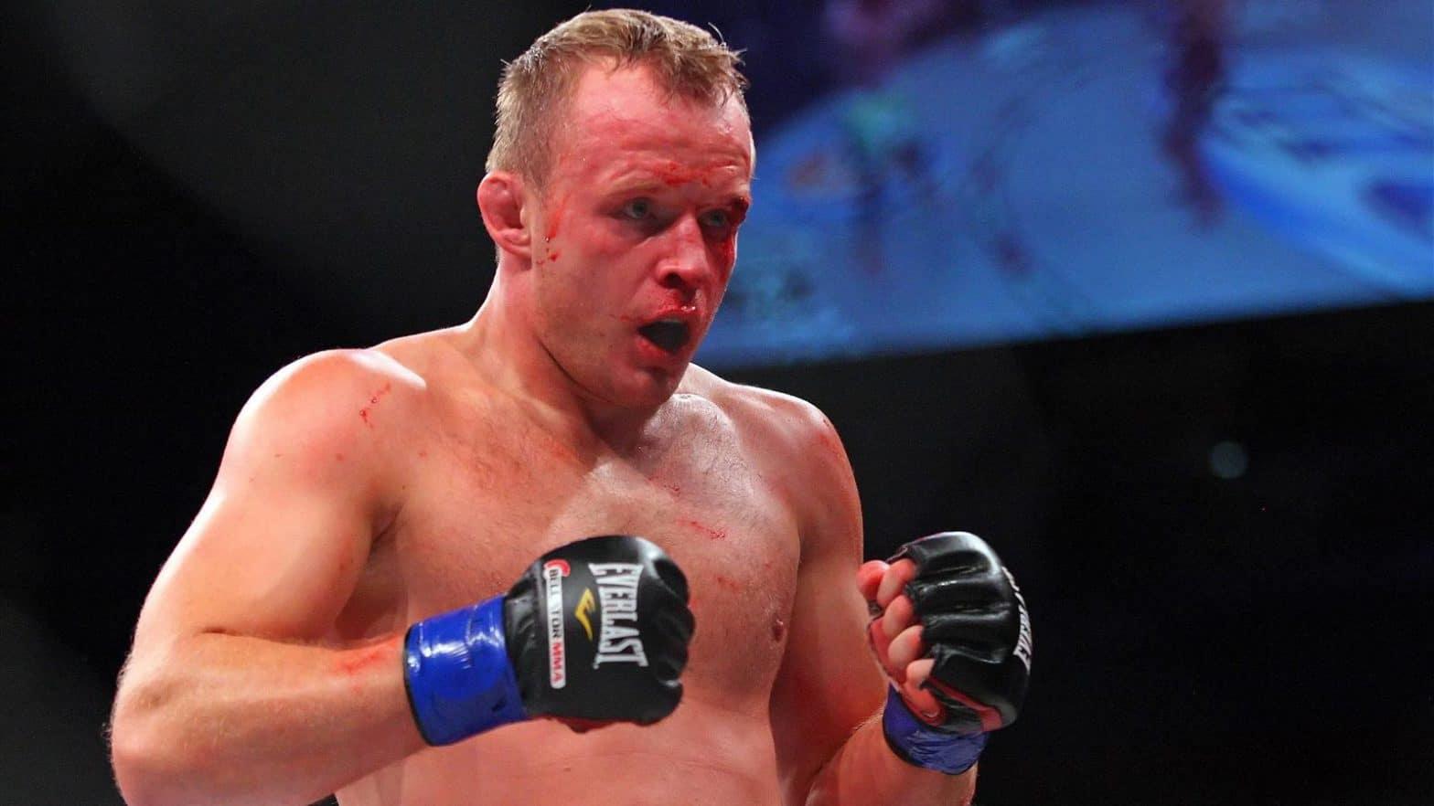 Александру Шлеменко не гарантирован титульный бой в случае победы над Манхуфом