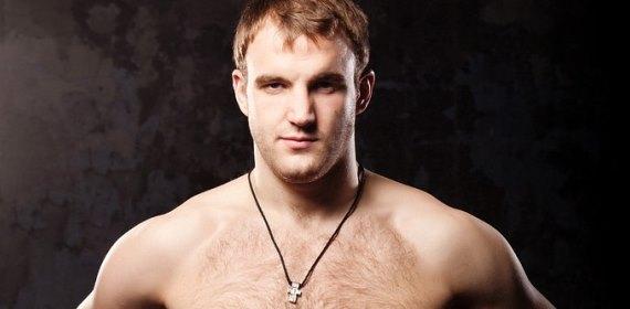 Денис Гольцов не спешит в UFC