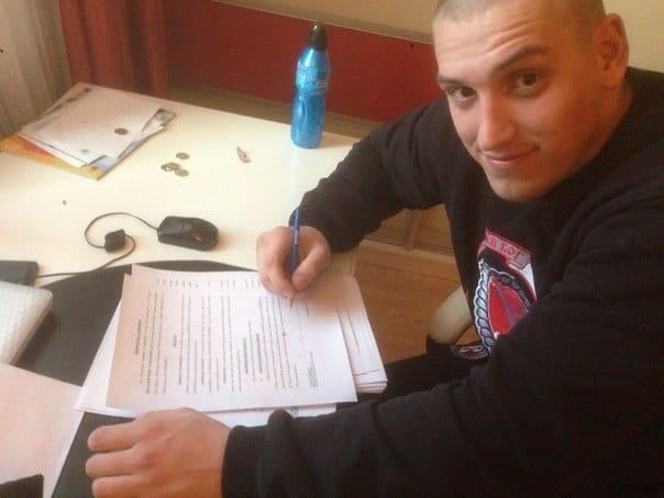 Дмитрий Сосновский стал бойцом Bellator