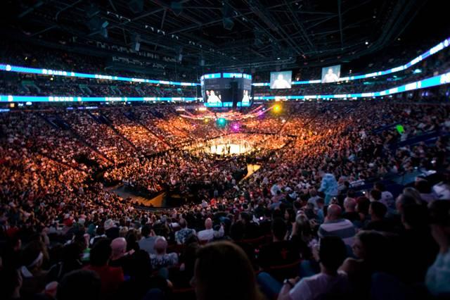 UFC вернётся в Монреаль не в декабре, а в марте