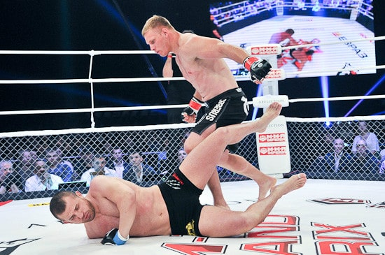 Алексей Кудин нокаутировал Дритана Баржамаи в первом раунде