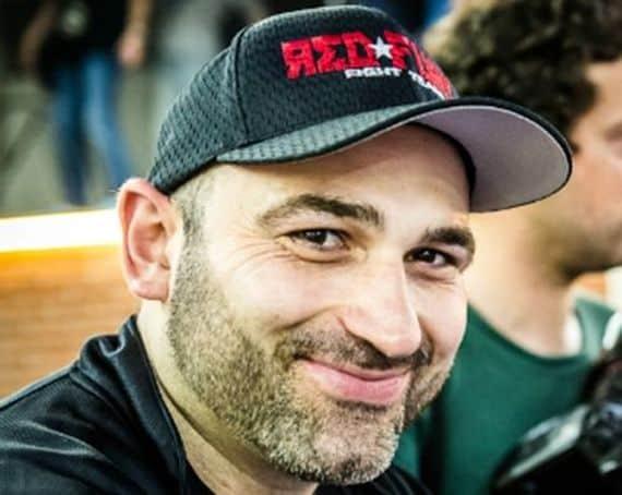 Сэм Кардэн: Адам Халиев попал ногой в локоть спарринг-партнёра