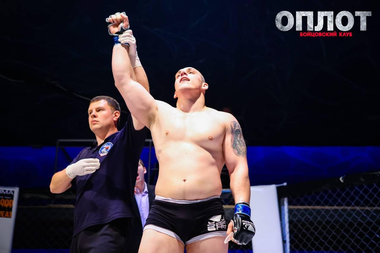 Александр Емельяненко 26 января будет биться с Дмитрием Сосновским